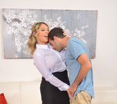 Kiki Daire - All Grown Up 3