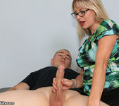 Vicky Vixxx: Sex Therapist Got Jizzed - Cum Blast City 4