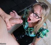 Vicky Vixxx: Sex Therapist Got Jizzed - Cum Blast City 12