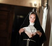 Nina Hartley, Mona Wales - Beg God for Forgiveness 18