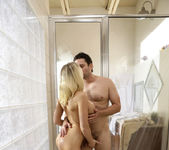 Kagney Linn Karter, Preston Parker - Wet And Busty 6