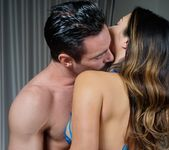 Eva Lovia - What Happens In Vegas 5