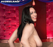 Isis Haze - Casino of Cleavage - ScoreLand 13