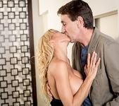 Alexis Fawx - Housewarming Gift - Mile High Media 4