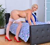 Kirsten Klark - Busty Babe - Anilos 20