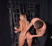 Vittoria Dolce - BDSM Chamber of Chains 2