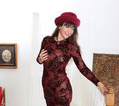 Belinda Brush - Pussy Show - Anilos 2