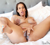 Isis Love - The Neighbor - Pure Mature 25