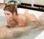Alexis Fawx - Nuru Family Business - Fantasy Massage 11