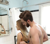 Britney Amber, Lucas Frost - Cum Covered Tits - S4:E8 3