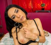 MilfVR - Too Hot to Handle - Tia Cyrus 9