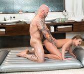 Britney Amber - The Critic - Fantasy Massage 14