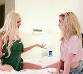 Elsa Jean, Lexi Lore - The Ruminating Roommate - Girlsway 3