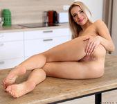 Bianca Ferrero - Pink Play - Anilos 26