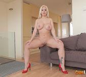 Blondie Fesser - Same ol' porn under a new light 4