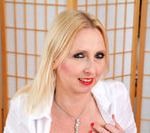 Tracey Hein - Fishnet Stockings - Anilos 3