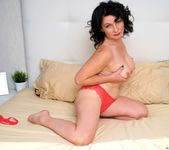 Helen He - Red Hot - Anilos 6