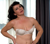 Helen He - Russian Beauty - Anilos 3