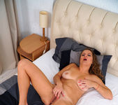 Goldie Glass - Orgasmic - Anilos 14