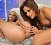 Bambi & Anita Pearl Eating Each Other Out - Lezbo Honeys 11