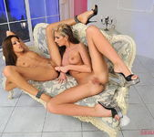 Bambi & Anita Pearl Eating Each Other Out - Lezbo Honeys 19