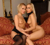 Dirty Lesbians Zuzana Z. & Mary Jane - Lezbo Honeys 20