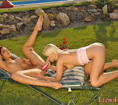 Peaches & Valerie Lez Action - Lezbo Honeys 17