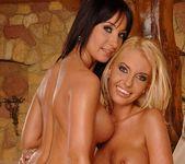 Dirty Lesbians Roxanne & Eleanor - Lezbo Honeys 20