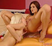 Horny Lesbians Ivette Blanche & Boroka - Lezbo Honeys 10