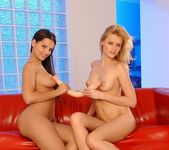 Eve Angel & Sophie Paris Lez Action - Lezbo Honeys 12