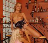Dirty Lesbians Jo & Roxy - Lezbo Honeys 8