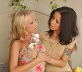 Pussy Licking with Angie Scott & Cindi - Lezbo Honeys 3