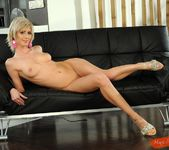 White Angel - Magic Blondes 5