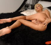 Jasmine Rouge - Magic Blondes 12
