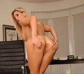 Wivien - Magic Blondes 9