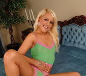 Sunnie - Magic Blondes 3