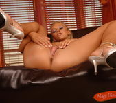 Candy - Magic Blondes 9
