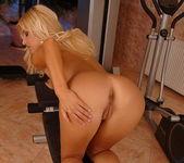 Jessy Wynn - Magic Blondes 9