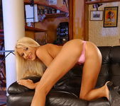 Jordan Green - Magic Blondes 5