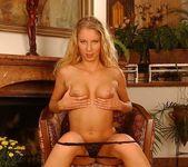 Nadja - Magic Blondes 11