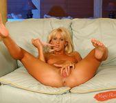 Dorina - Magic Blondes 7