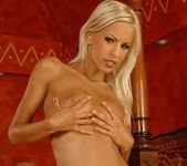 Boroka - Magic Blondes 5