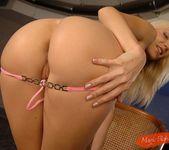 Allison - Magic Blondes 10
