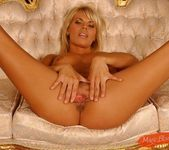 Katalina - Magic Blondes 7