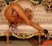 Katalina - Magic Blondes 17