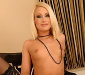 Kittie - Magic Blondes 8