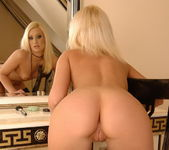 Kittie - Magic Blondes 9