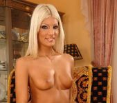 Jessy Wynn - Magic Blondes 8