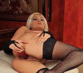 Emanuel Tilly - Magic Blondes 13