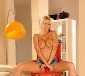Wivien - Magic Blondes 4